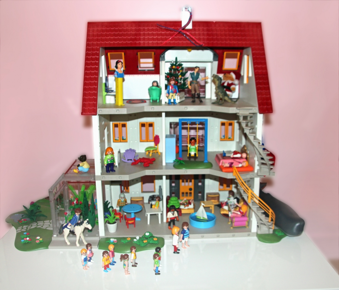 Jouets playmobil de v ritables uvres d art for Agrandissement maison moderne playmobil